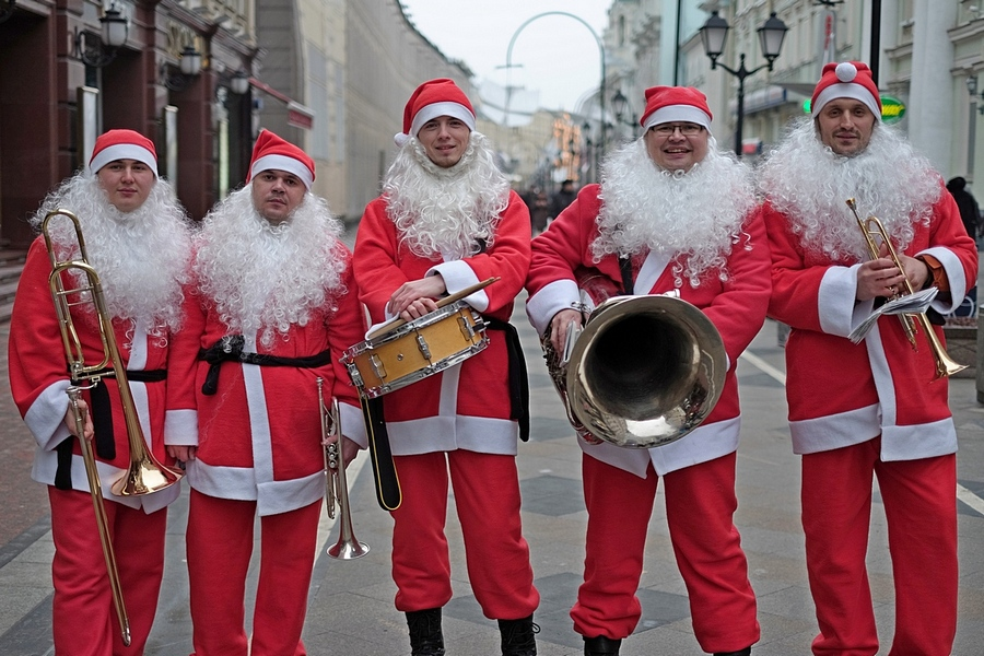 Оркестр Санта Клаусов